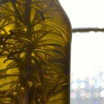 Olio extra vergine d'oliva aromatizzato al rosmarino