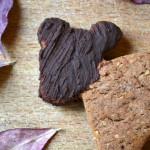 Biscotti dell'Orso della Luna Crescente (Castagne, Nocciole e Cacao)