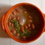 Zuppa di fagioli con semi di finocchio